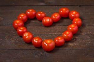 Sydämelle hyväksi tomaatti