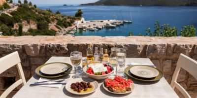 Välimeren ruokavalio: Aloittelijan opas ja ateriasuunnitelma